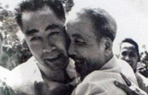 Chu Ân Lai – Hồ Chí Minh