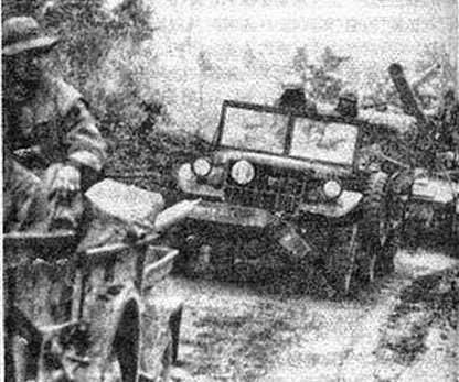 Trung Quốc chuyển viện trợ cho đảng Cộng sản Bắc Việt, thông qua cửa Ải Nam Quan, ngày đêm rót người, xe, súng, đạn, quân nhu, vật tư vào chiến trường Việt Nam. Nguồn: Tình báo Hoa Nam.