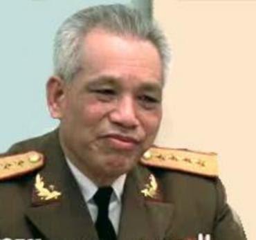 Đại Tướng Văn Tiến Dũng chỉ huy trận chiến Lưỡng Sơn tại biên giới Tây Bắc ngày 2 tháng 4 năm 1984. Nguồn: THX.