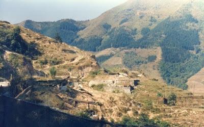 Đồn bót quân biên phòng Việt Nam tại điểm C211 Lão Sơn, nay bị quân Trung Quốc chiếm cứ. Ảnh: NF3.86.