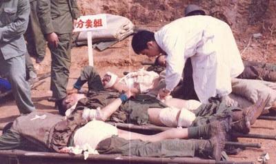 Bệnh xá Tập đoàn 25 của Trung Quốc, theo kế hoạch di chuyển thương binh đến vị trí an toàn. Ảnh: NF3.86.