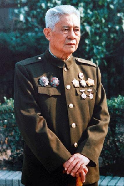 Thượng Tướng Trương Chí Tú (張銍秀 - Zhang Zhi Xiu)- Tư lệnh chiến trường Lão Sơn. Nguồn: Tân Hoa Xã phóng viên Lưu Vệ Binh 新华社记者刘卫兵