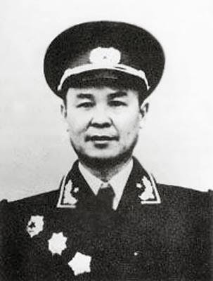 Đại Tướng Vi Quốc Thanh (韦国清 - Wei Guoqing)