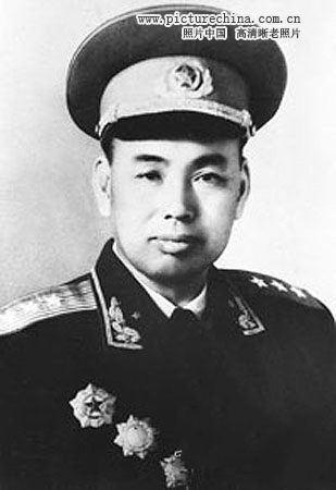 Đại tướng (许世友) Hứa Thế Hữu