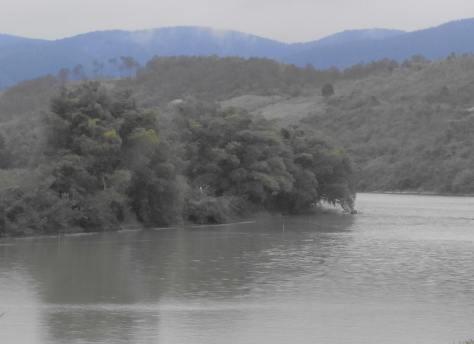 Thượng lưu sông Kỳ Cùng, người dân Trung Quốc gọi Sông Các ( Ảnh: GS. La Minh )