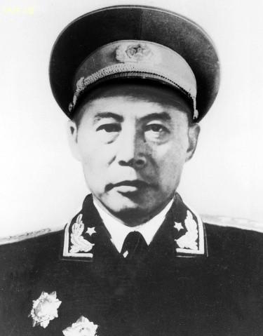 吕正操 ( Lu Zhengcao ) Lữ Chính Thao