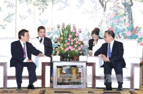 Chủ tịch nước Trương Tấn Sang gặp Bí thư Hồ Xuân Hoa (胡春华) tại tỉnh đường Quảng Đông. Nguồn: THX.